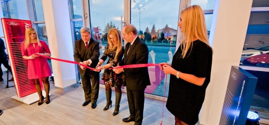 Otwarcie salonu samochodowego FORD w Krośnie